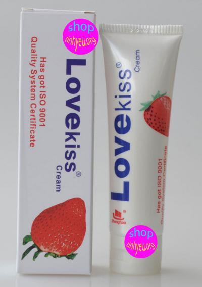 Sản phẩm Gel bôi trơn hương dâu Love Kiss